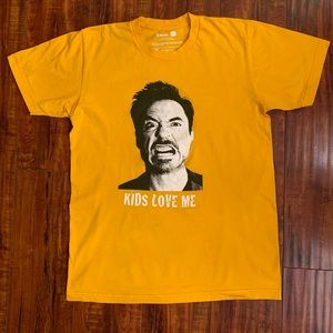 """Other - """"Kids love me"""" Graphic Tee"""